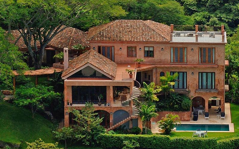 LX Costa Rica