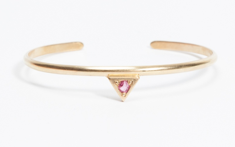 GOOD KARMA COLLECTION TRIANGLE BRACELET RED