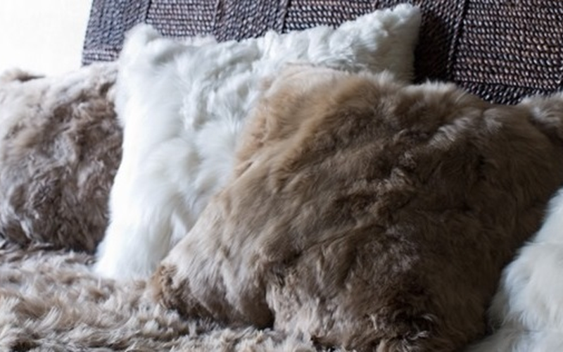 Hua Fur Pillow Covers