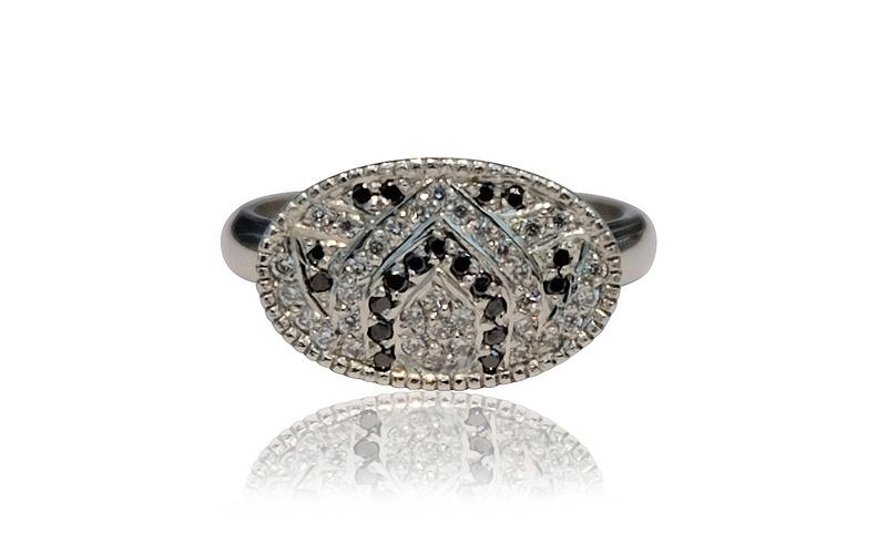 PLATINUM LOTUS DIAMOND RING