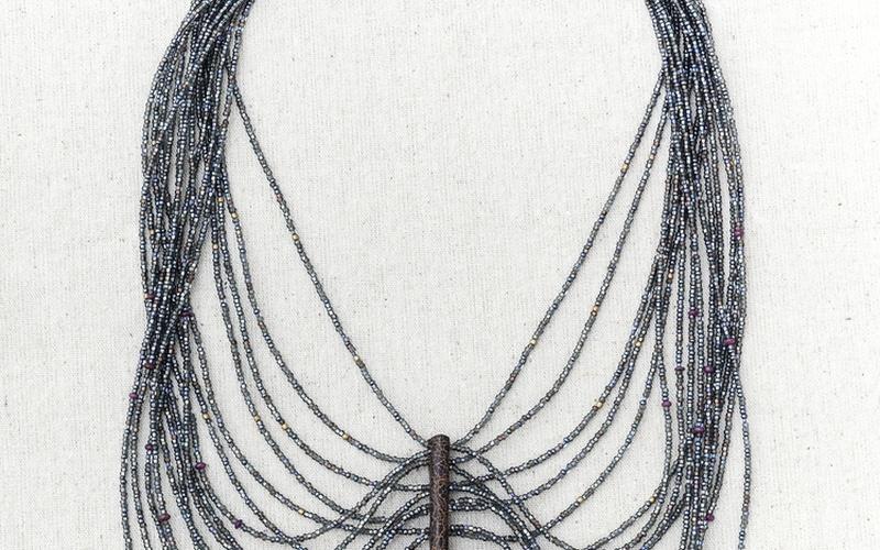 Maculosus Web of Beads