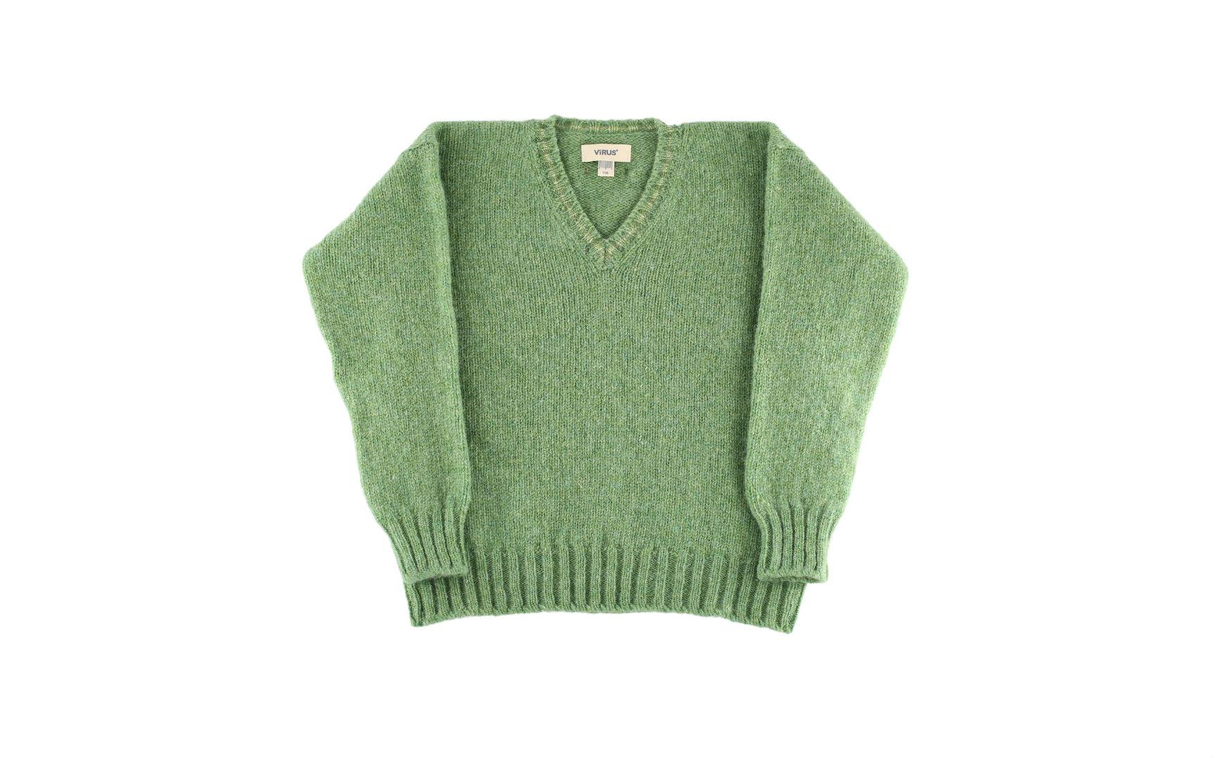 Crabapple V-Neck Pullover